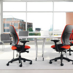 Red leap chair at desk